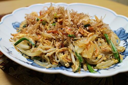 今日のキムチ料理レシピ:しらたきとキムチのチャンプルー