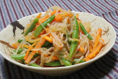 今日のキムチ料理レシピ:しらたきといんげんのピリ辛炒め