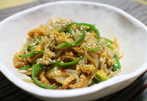 今日のキムチレシピ:白滝と油揚げのキムチ煮