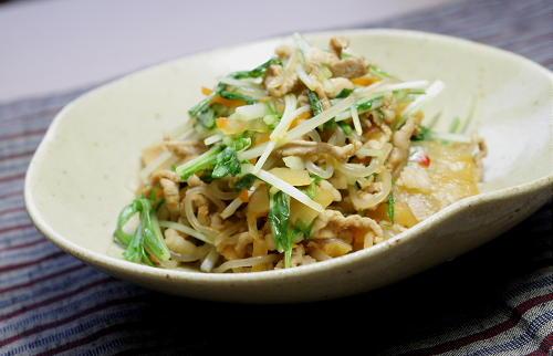 今日のキムチ料理レシピ:しらたきとキムチの甘辛煮