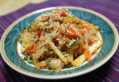 今日のキムチ料理レシピ:白滝のキムチサラダ