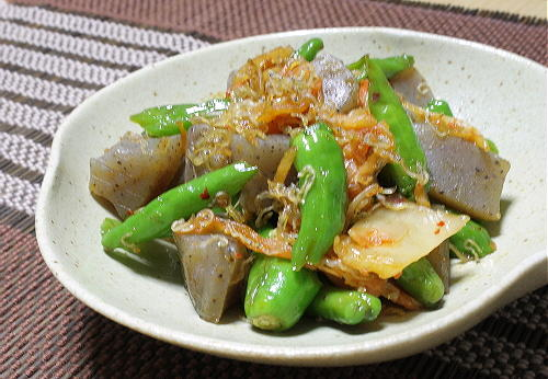 今日のキムチ料理レシピ:シシトウとこんにゃくのキムチ炒め
