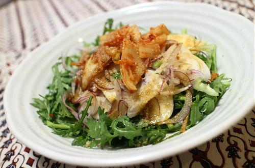 今日のキムチ料理レシピ:カブと春菊のキムチサラダ