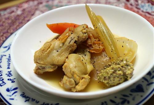 今日のキムチ料理レシピ:キムチポトフ