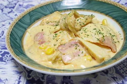今日のキムチ料理レシピ:たけのことキムチのミルク煮