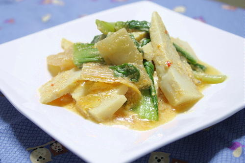 今日のキムチ料理レシピ:たけのことキムチの豆乳煮