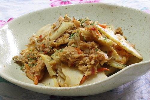 今日のキムチ料理レシピ:たけのことツナのキムチ炒め