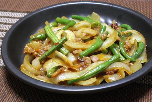 今日のキムチ料理レシピ:玉ねぎのピリ辛炒め