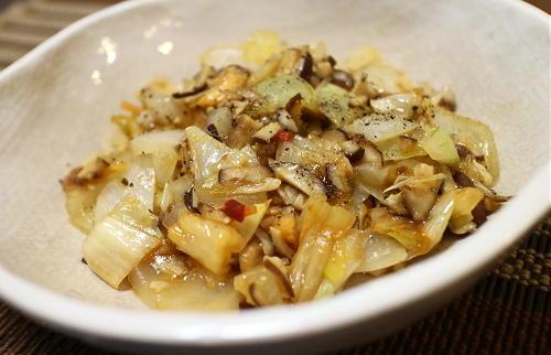 今日のキムチレシピ:玉ねぎとしいたけのキムチ炒め