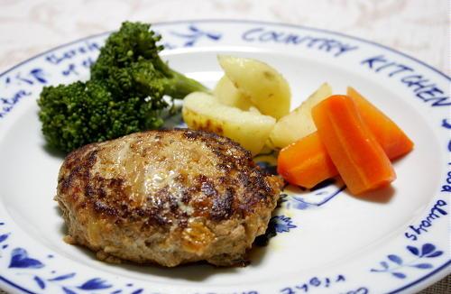 今日のキムチ料理レシピ:キムチ担々ハンバーグ