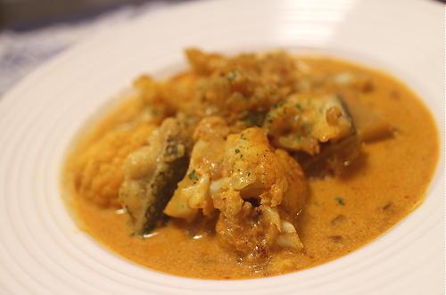 今日のキムチレシピ:タラとカリフラワーと大根キムチのカレークリーム煮
