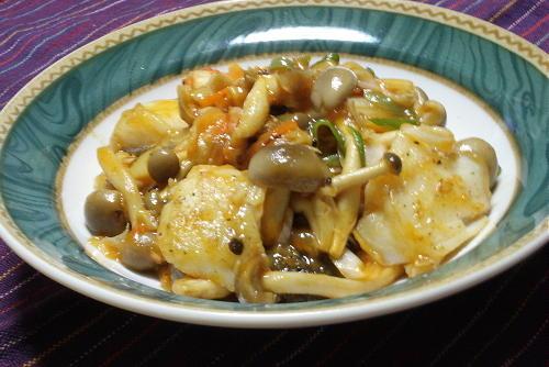今日のキムチ料理レシピ:たらとキムチのピリ辛炒め