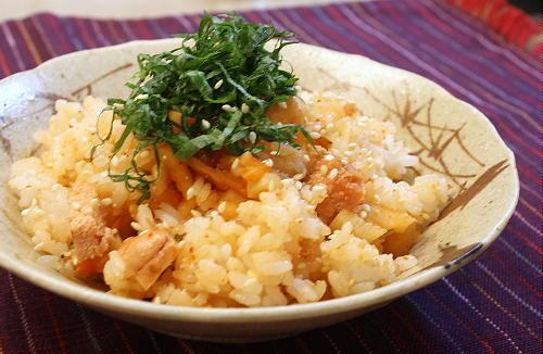 今日のキムチ料理レシピ:たらことキムチの混ぜご飯