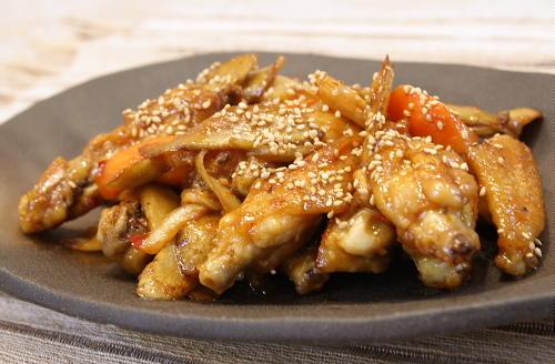 今日のキムチ料理レシピ:手羽中とキムチの甘辛炒め