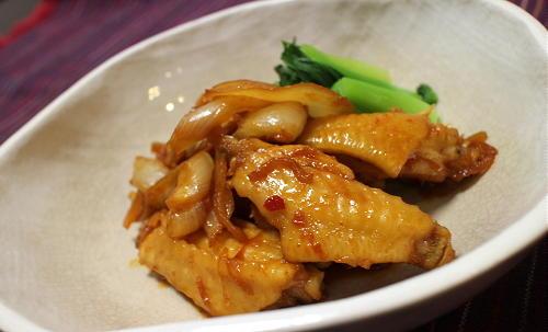 今日のキムチ料理レシピ:手羽中のピリ辛煮