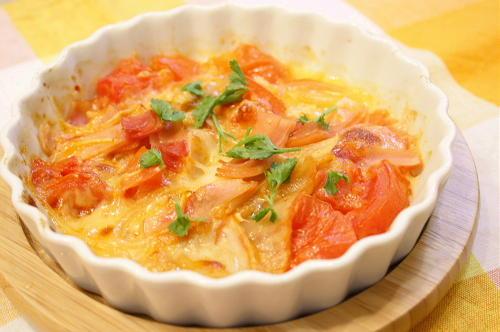 今日のキムチ料理レシピ:トマトとキムチのモッツァレラチーズ焼き