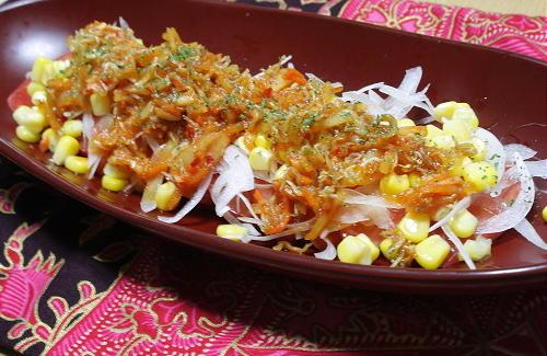 今日のキムチ料理レシピ:トマトのじゃこキムチサラダ
