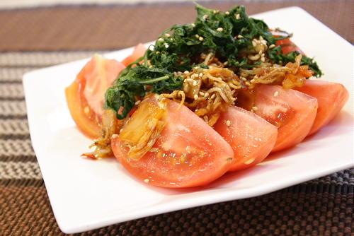 今日のキムチ料理レシピ:トマトのキムチドレッシング