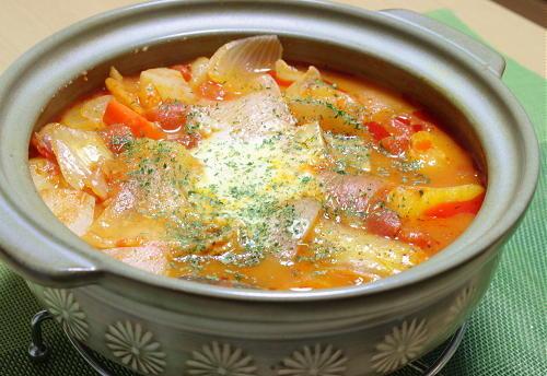 今日のキムチ料理レシピ:トマトキムチ鍋