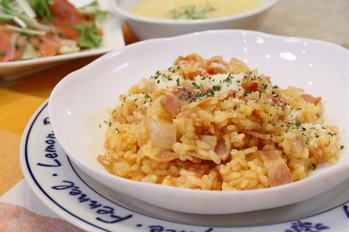 今日のキムチ料理レシピ:キムチの残り汁で作ったトマトリゾット