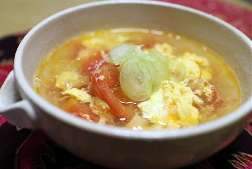 今日のキムチレシピ:トマトとキムチの卵スープ