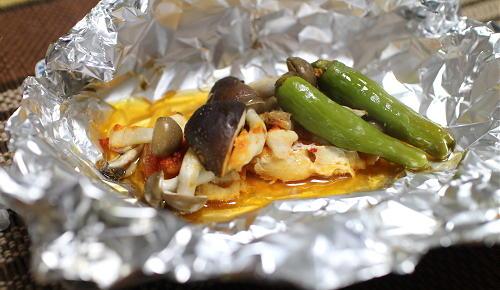 今日のキムチ料理レシピ:鶏肉のキムチホイル焼き