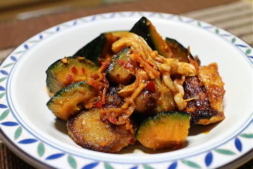 今日のキムチレシピ:鶏肉とかぼちゃとキムチの甘酢炒め