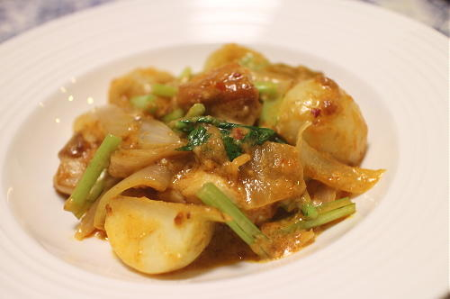 今日のキムチレシピ:鶏肉とカブのキムチ味噌クリーム煮