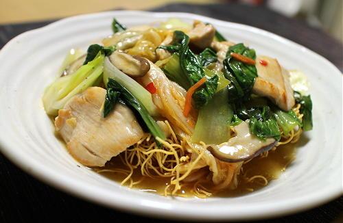 今日のキムチレシピ:鶏肉とキムチのあんかけかた焼きそば