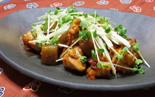 今日のキムチ料理レシピ:鶏肉とこんにゃくとキムチの甘辛炒め