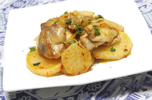 今日のキムチ料理レシピ:鶏肉と長芋のキムチ炒め