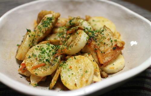 今日のキムチレシピ:鶏肉と長芋とキムチの柚子胡椒炒め