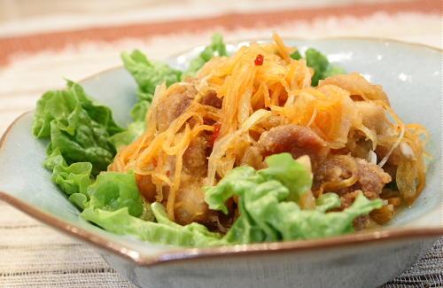 今日のキムチ料理レシピ:鶏肉のキムチ南蛮漬け
