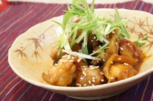 今日のキムチ料理レシピ:鶏肉とねぎのキムチ煮