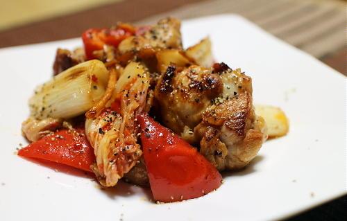 今日のキムチ料理レシピ:鶏肉とねぎのキムチ炒め