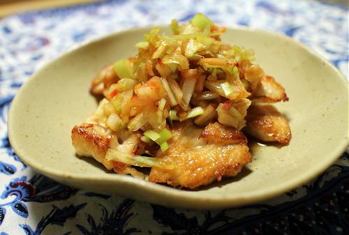 今日のキムチ料理レシピ:鶏むね肉のねぎキムチダレ
