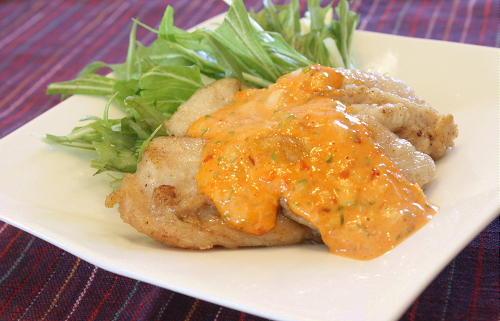 揚げ鶏のねぎキムチソースがけレシピ