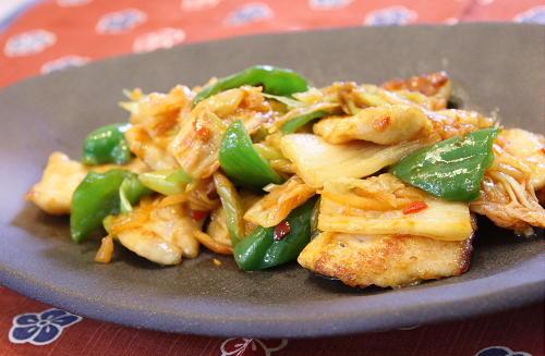 今日のキムチ料理レシピ:鶏肉とキムチのオイスターソース炒め