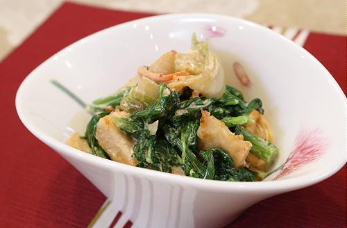 今日のキムチ料理レシピ:鶏肉と春菊とキムチの味噌マヨ和え