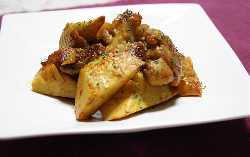 今日のキムチ料理レシピ:鶏肉とたけのこのキムチケチャップ炒め