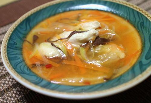 今日のキムチ料理レシピ:鶏むね肉のピリ辛とろみスープ