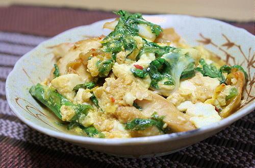 今日のキムチ料理レシピ:鶏肉と豆腐とキムチの卵とじ