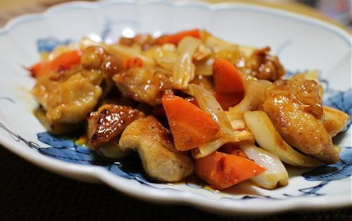 今日のキムチレシピ:鶏肉とキムチの甘酢炒め