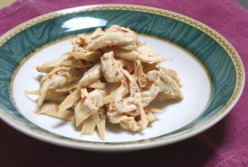 今日のキムチ料理レシピ:ごぼうとささみのピリ辛サラダ