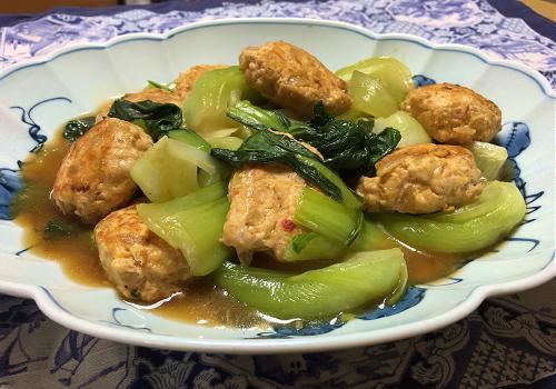 今日のキムチレシピ:キムチ肉団子と青梗菜の中華煮