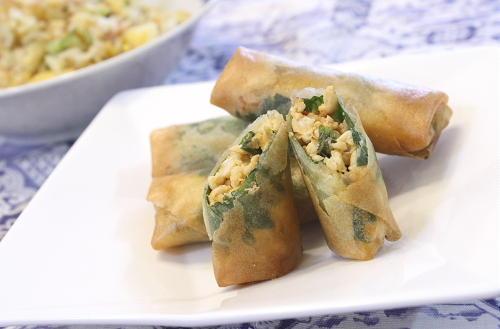 今日のキムチ料理レシピ:鶏ひき肉とキムチの春巻き
