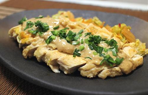 今日のキムチ料理レシピ:鶏むね肉のキムチ酒蒸し