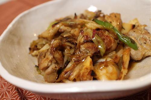 今日のキムチ料理レシピ:鶏とキムチのねぎ塩焼き