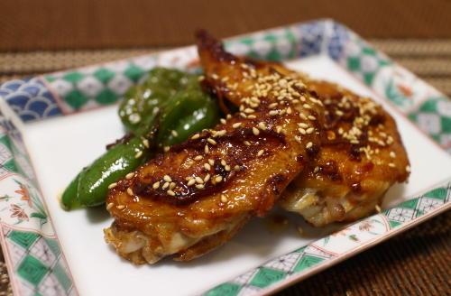 今日のキムチ料理レシピ:鶏手羽先の甘辛和え