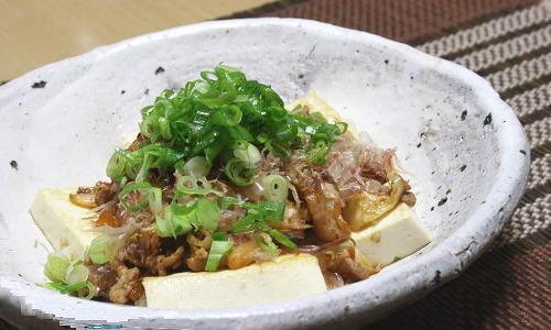 今日のキムチ料理レシピ:豆腐の豚キムチがけ